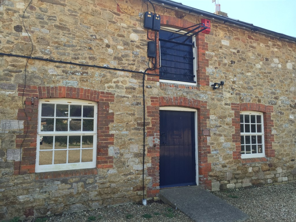 West Yard Barn Offices Abbotsbury Dt3 4jt Dorset